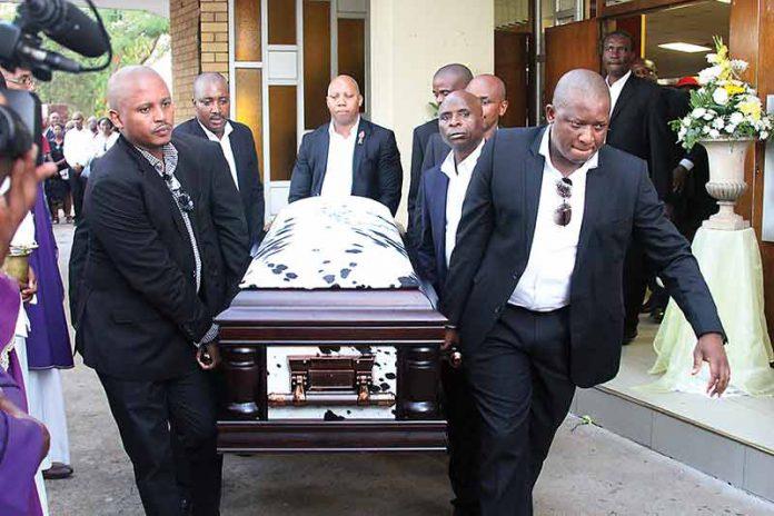 Abo-Kgwarae-casket